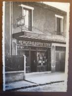 VELIZY RUE BERLIOZ MERCERIE BONNETERIE 1941 CP DECOUPEE AU DE D ARGENT - France
