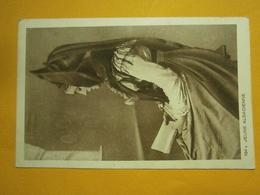 Jeune Alsacienne écrite Environ 1940,très Bel état,envoi En Lettre économique 0,95€,possibilité De Regrouper Vos Achats - Costumi