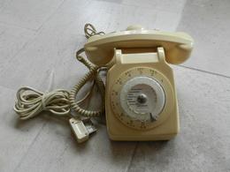 TELEPHONE S 63 CADRAN SOCOTEL Fonctionne - Téléphonie