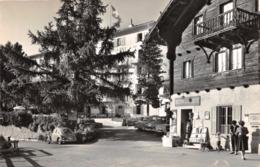 R341472 St. Luc. Val D Anniviers. Hotel Bella Tola Et Bazar De La Poste. Klopfenstein - Welt