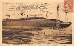 20-6041 : PAQUEBOT TRANSATLANTIQUE NORMANDIE  EN CONSTRUCTION A SAINT-NAZAIRE. - Paquebots
