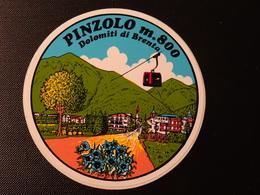 Blason écusson Adhésif Autocollant Pinzolo Dolomiti Di Brenta  Wappen Aufkleber Coatarms Sticker Adesivo Adhesivo - Obj. 'Remember Of'
