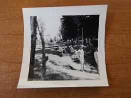 NUS HOMMES  SAINT JEAN LE BLANC LOIRET WW2   SOLDATS ALLEMANDS EN BAIGNADE NATURISME - Vintage Men < 1945