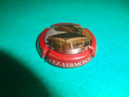 CAPSULE DE CHAMPAGNE  -   CEZ VERMONT  -  N°  07x  Contour Bordeaux, Fond Polychrome - Autres