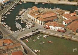 CP 17 Charente-Maritime Ile De Ré Saint Martin De Ré Bassin à Flots 10  Yvon - Ile De Ré
