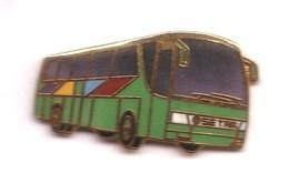 L279 Pin's Bus Autocar Autobus Car Setra Vert Superbe Qualité EGF Achat Immédiat - Transportation