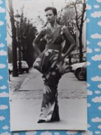 PHOTO DE PRESSE MODE HAUTE COUTURE MODELE PIERRE CARDIN  85 - Métiers