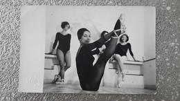 PHOTO - SAIGON - VIET-NAM - ASIE - COURS DE DANSE - BALLET - DONG DA PHOTOGRAPHE - Places