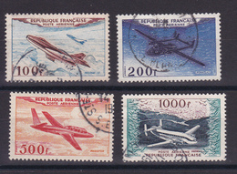 D134 / POSTE AERIENNE / LOT N° 30/33 OBL COTE 37€ - France