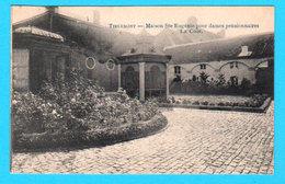 CPA PK TIRLEMONT TIENEN : Maison Ste Eugénie Pour Dames Pensionnaires - La Cour - Circ En 1925 - 2 Scans - Tienen