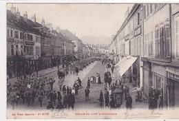 88-SAINT-DIE- LA GRANDE RUE  DEFILE DU 133e D'INFANTERIE-MILITAIRES-ANIMEE - Saint Die