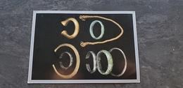 35/ Rennes - Teillay - Drouges , Torques Et Bracelets De L Age Du Bronze - Unclassified