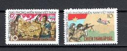 VIETNAM VIETCONG   N° 4 + 5   NEUFS SANS CHARNIERE COTE 20.00€    GUERRE - Viêt-Nam
