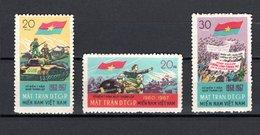 VIETNAM VIETCONG   N° 12 à 14   NEUFS SANS CHARNIERE COTE 19.50€    SOLDATS GUERRE - Viêt-Nam