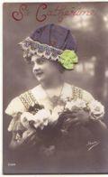 N°14809 - Sainte-Catherine - Photo D'une Femme, Portant Un Bonnet En Tissu Bleu Foncé, Et Bord En Dentelle - Sainte-Catherine