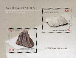 Croatia - 2010 - Minerals - Mint Souvenir Sheet With Embossing And Varnish - Croacia