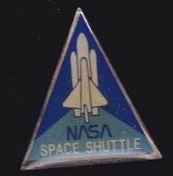 64156- Pin's -National Aeronautics And Space Administration.NASA.Fusée.Espace. - Espace