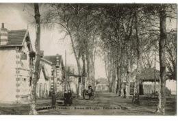 Sabres  Avenue De Luglon - Sabres