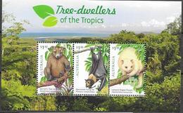 AUSTRALIA, 2020, MNH, TREE DWELLERS OF THE TROPICS, TREE KANAGAROOS, FLYING FOX, POSSUM, SHEETLET - Stamps