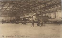 SCHAFFEN-DIEST -Een Loods Der Vliegplein -Un Hangar De La Plaine D'aviation. - Diest