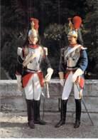 **  Lot De 3 Cartes ** MILITARIA Uniforme FRANCE Uniformes De La GARDE IMPERIALE (Grenadier Cuirassier Chasseur) CPM GF - Uniformi