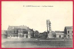 CPA 80 ALBERT Somme - La Place Faidherbe (Café Français - Hôtel Central) ° Cliché R. Lelong - Albert