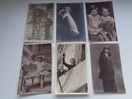 Beau Lot De 60 Cartes Postales De Famille Royale Belge       Mooi Lot Van 60 Postkaarten Koninklijke Familie  Dynasty - 5 - 99 Postcards