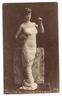 FF 469 OLD FANTASY POSTCARD ,  FINE ART  , FEMALE FIGURATIVE , - Mujeres
