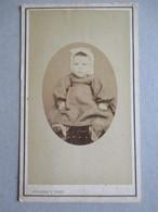 CDV ENFANT Par Peronet à Saint Jean D'Angély - Circa 1865/70 -  BE - Foto