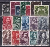 1943-44 Germaanse Symbolen + Zeehelden Complete Postfrisse  Series NVPH 405 / 421 - Ongebruikt