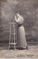 CPA Photo - Portrait D'une Jeune Femme - Photo J. Férréra à Toulon - 1915 - Photographie