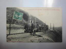 Carte Postale Chemin De Fer Du Puy De Dôme Le Grand Tournant à L'arrivée Au Sommet - Trains