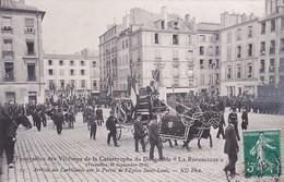 D78  VERSAILLES  Funérailles Des Victimes  Catastrophe Dirigeable La République Arrivée Des  Corbillards Sur Le Parvis - Versailles