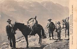 """010291 """"(AO) UN SALUTO DE VALSABARENCHE-CASSE ROYALE COMMENT ON CHARGE UN BOUQUETIN SUR MULE"""" ANIMATA. CART  SPED 1906 - Aosta"""