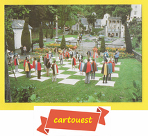 Jeu D'echecs CPSM ♥️ ♥️☺♦♦ MEMBERS OF THE SIX OF ONE CLUB PLAYING HUMAN CHESS ֎ - Chess