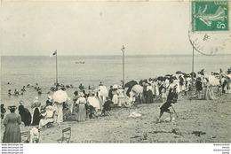 WW 14 VILLERS-SUR-MER. La Plage Bien Animée . Impeccable Et écrite - Villers Sur Mer