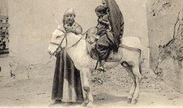 CPA / EGYPTE Une Famille Arabe ( Scène Et Type ) - Algerien