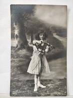 Portrait Enfant. - Abbildungen
