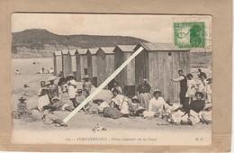 Espagne, Fuenterrabia, Cabane De Plage, Enfants Sur La Plage. - Espagne