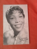 Arcade Card  Information On Back Gloria Lynne> >ref 3991 - Artistas