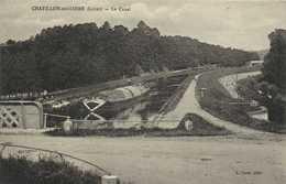 CHATILLON Sur LOIRE (Loiret) Le Canal Péniche Batellerie RV - Chatillon Sur Loire