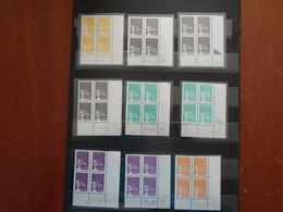 Plaquette N° 1 / FRANCE / Timbre , 25 Blocs Coins Datés Type Liberté Neuf ** SUPERBE - Dated Corners