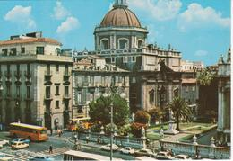 CATANIA - PIAZZA DUOMO - ANIMATA - AUTO D'EPOCA CARS VOITURES : FIAT 500 - 127 - NON VIAGGIATA - Catania