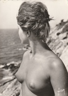 L' Ile Du Levant ( Femme Nue ) - Romantiques < 1960