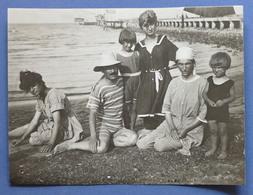 Fotografia D'epoca Animata Cesenatico - In Spiaggia - Costumi - Agosto 1919 - Photos