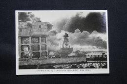 PHOTO - Photo Du Sabordage De La Flotte Française à Toulon En 1942 - L 58278 - Guerra, Militari