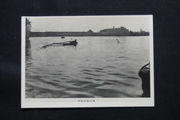 PHOTO - Photo Du Sabordage De La Flotte Française à Toulon En 1942 - L 58296 - Guerra, Militares