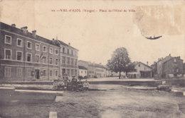 Val D'Ajol (88) - Place De L'Hôtel De Ville - Non Classés