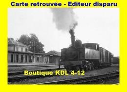 BVA 658-02 - Train MV - Loco 230 T En Gare - CARHAIX - Finistère - RB - Gares - Avec Trains