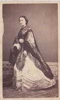 PHOTO CDV  FEMME EN ROBE MODE EMPIRE 1863 PHOTO MALLET PERE ET FILS - Photos